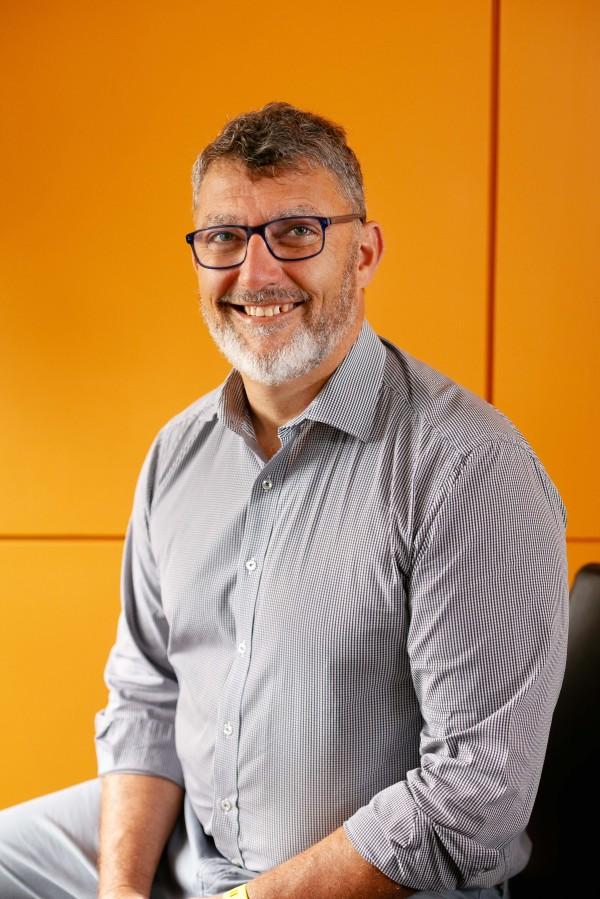 Dr Chris Morrey